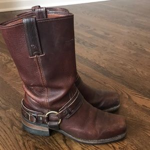 Men's Frye Harness Brown Leather Boots Size 9.5